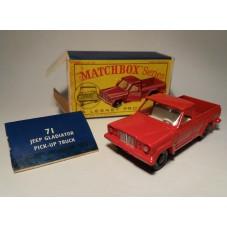 MATCHBOX N.71 / JEEP...