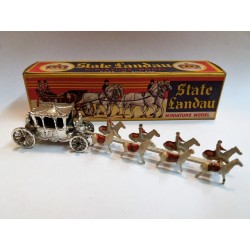 "BENBROS QUALITOY - STATE LANDAU MINIATURE MODEL ""ROYAL COACH"" MADE IN ENGLAND"