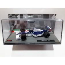TYRRELL 018 / F1 (1990)...